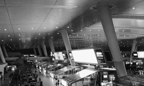 中国の高速鉄道専用の駅、杭州東駅